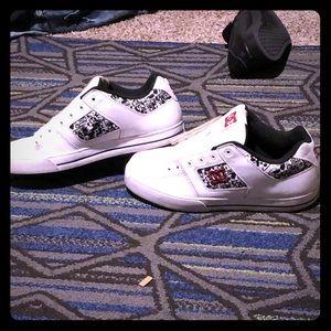DC Shoes - Pair of 9/10 DC shoes. Rare pair